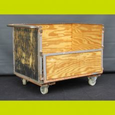 Chests, Coffers, Kists and Trolleys